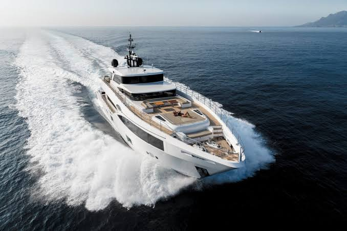 Oneworld Superyacht for hire